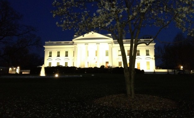 Photo of the White House by C F on Flickr and used here with Creative Commons license.