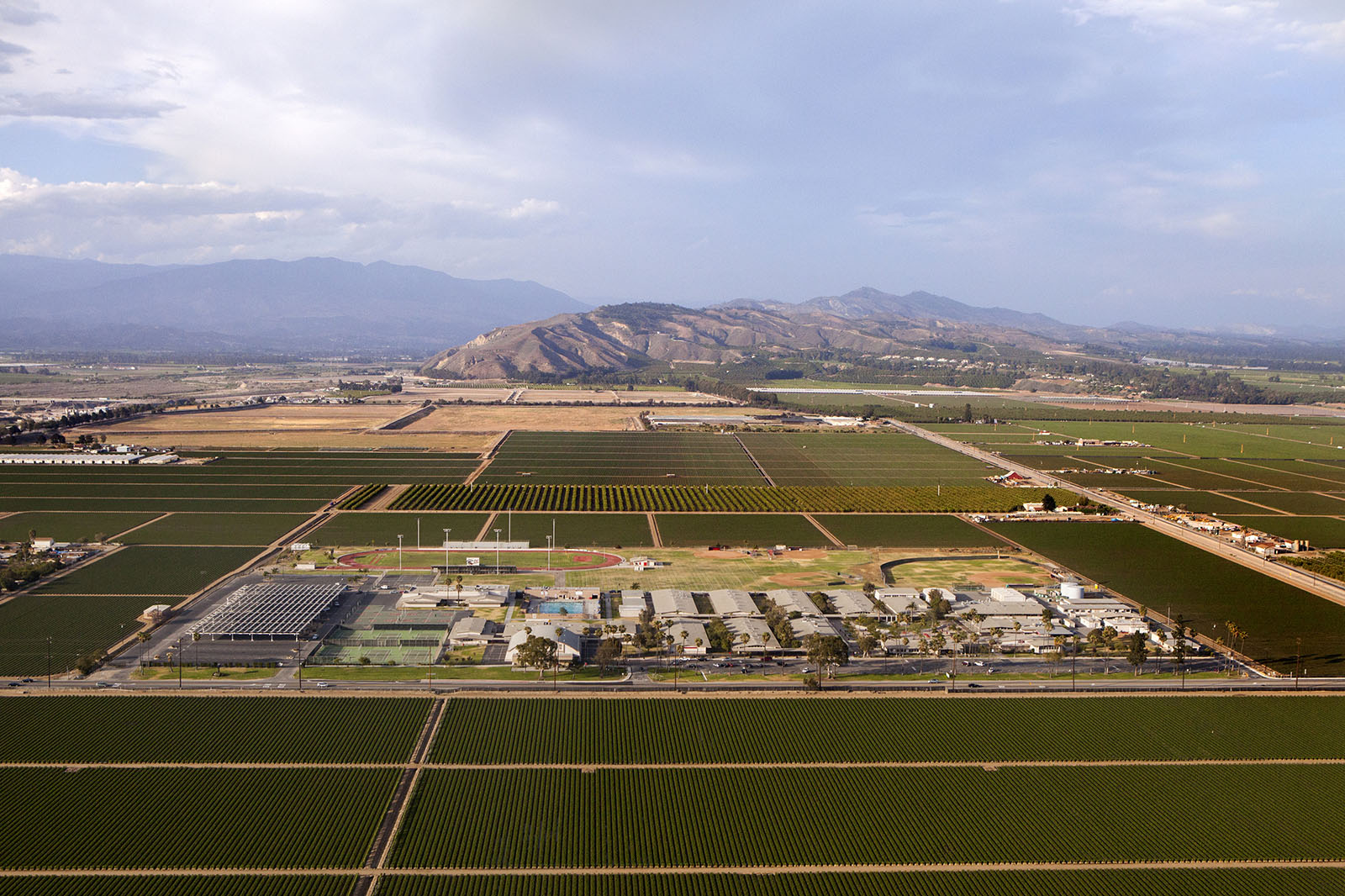 Rio Mesa High School in Oxnard, Calif., is surrounded by strawberry fields on all four sides. Photo: Sam Hodgson for CIR and used here with permission.