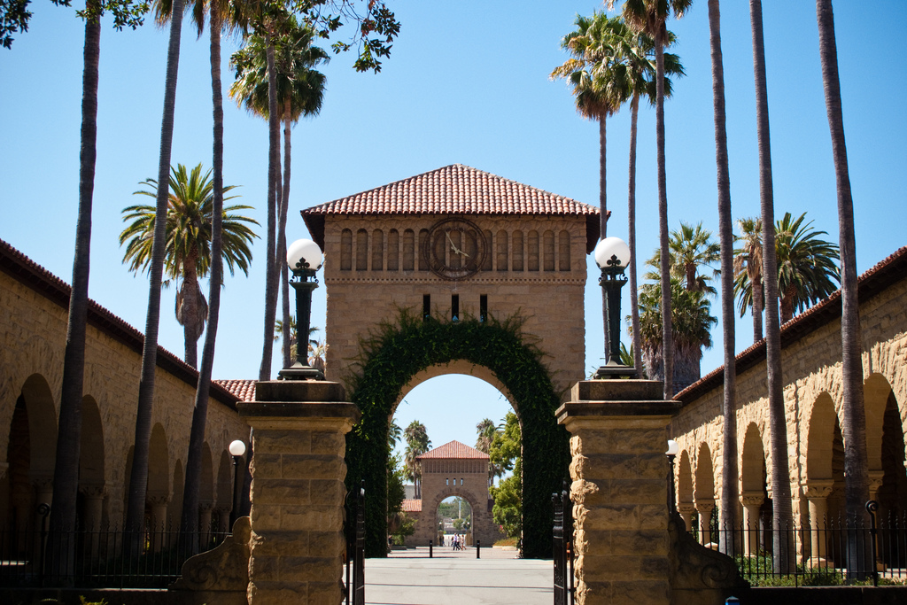 The deadline for the John S. Knight Journalism Fellowships at Stanford University is Dec. 1. Photo by HarshLight on Flickr and used with Creative Commons license.