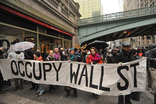 http://www.pbs.org/mediashift/occupy_wall_street_byasterix611_flickrcc