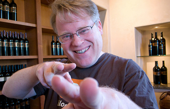 http://www.pbs.org/mediashift/Robert%20Scoble%20laughing%20squid