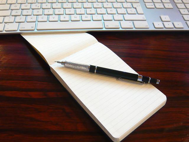 http://www.pbs.org/mediashift/reportersnotebook_flickr_bertop