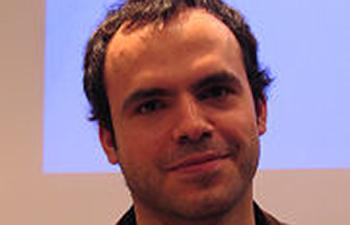 http://www.pbs.org/mediashift/2009/11/05/Hossein_derakhshan