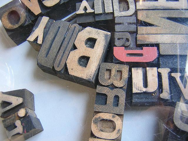 http://www.pbs.org/mediashift/news_print_tiles_letter_flickrcc_bysplityarn