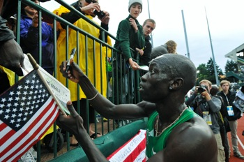 http://www.pbs.org/mediashift/Lopez%20Lomong%20signs%20Emerald