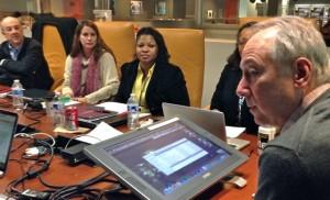 Dan Gillmor leads a discussion at the Scripps Howard Journalism Entrepreneurship Institute.