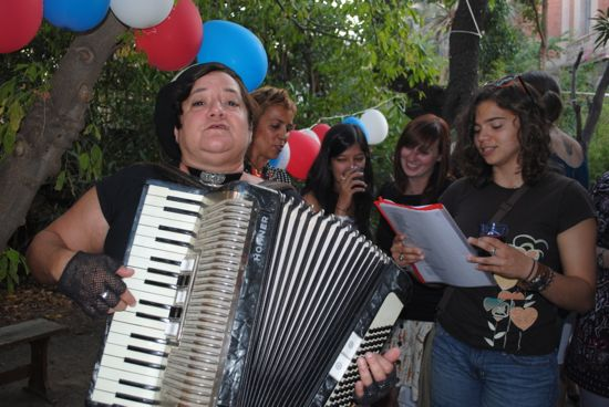 Even a rigorous journalism program should have a bit of fun like this evening of French music during ieiMedia's Perpignan program in 2011. Photo by Rachele Kanigel