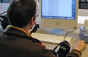http://www.pbs.org/mediashift/student