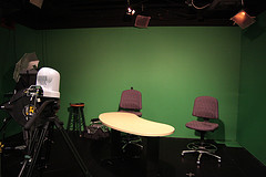 i-170d757dfc0300b90f46a1939d7e0eed-MarketWatch video studio.jpg