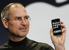 i-1cafc942331c06c4dbfae60fbeef065b-steve jobs iphone.jpg