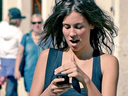 http://www.pbs.org/mediashift/texting_byktoine_flickrcc