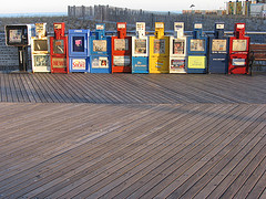 i-b1a74b831f6d97e90004bc0329c12bb5-newspaper boxes.jpg