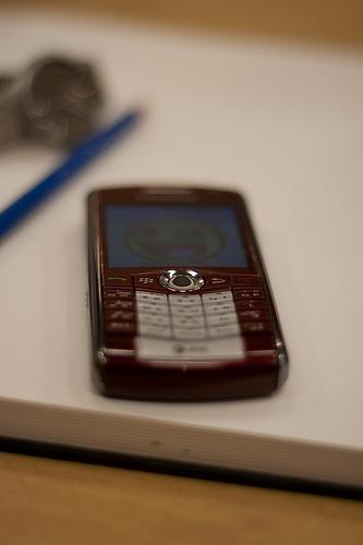i-cefac40d3f34bcb3e8d9d4153e58b133-smartphone_flickr_kyle_n-thumb-333x500-3619.jpg