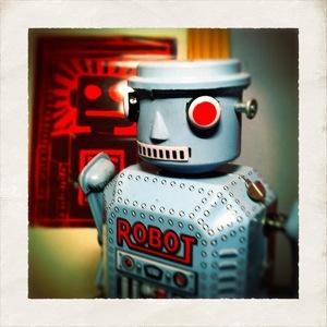 i-d270a1907f2296092e8cfecf0fdbfb84-robot_byra1000_flickrcc.jpg