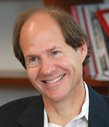 i-eaaeda886724e8fd1c0db01254475516-Cass Sunstein - photo credit Phil Farnsworth .jpg